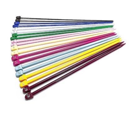 N017 - Set med 10 par Jumperstickor i plast